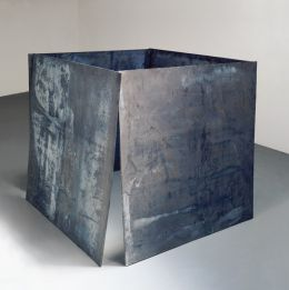 Richard Serra - House of Cards (One Ton Prop)